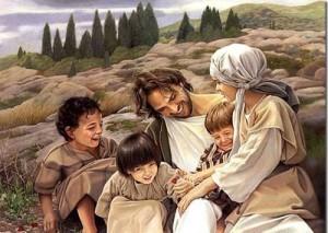 jesus-con-ninos-sonriente