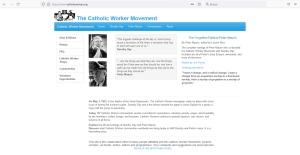 en la web catholicworker se ven retratos y frases de dorothy y de peter maurin.